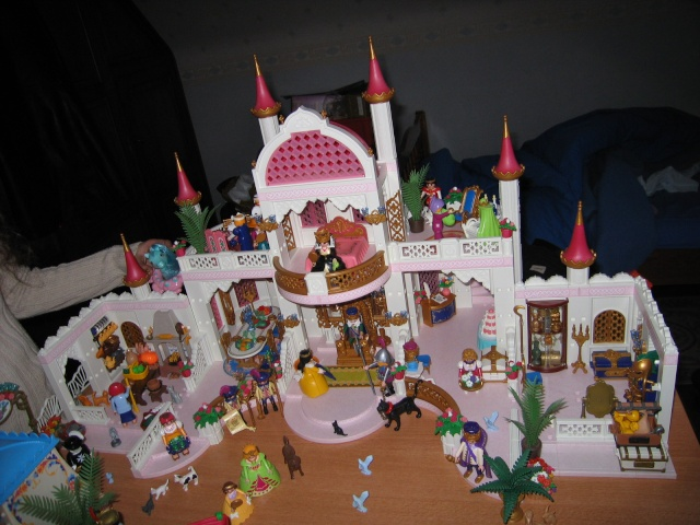 Chateau playmobil princesse for Chateau princesse playmobil 5142