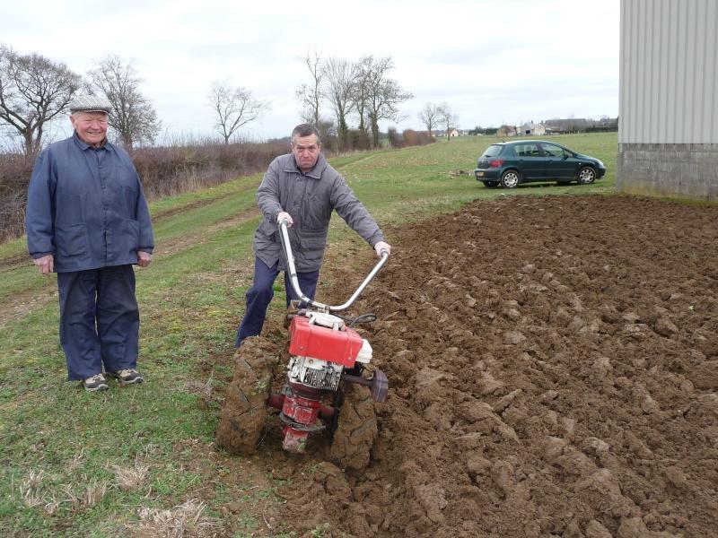 Labour avec motoculteur briban 7cv en normandie - Labourer la terre ...