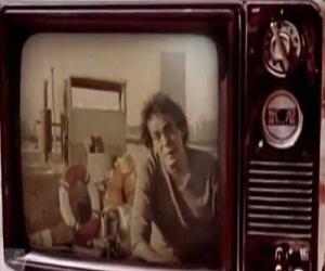 أغنية مالك خايفه ليه محمد منير كاملة MP3 - نسخة أصلية