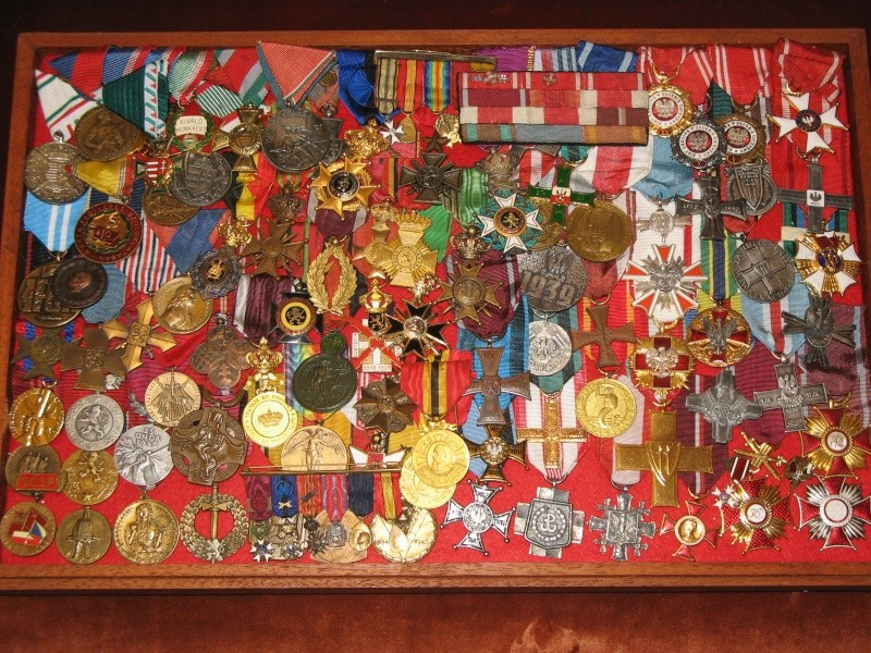 Super Médaille belge commémorative de la guerre 14-18. XE74