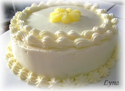 Gâteau au lait chaud, glaçage crème fouettée/citron