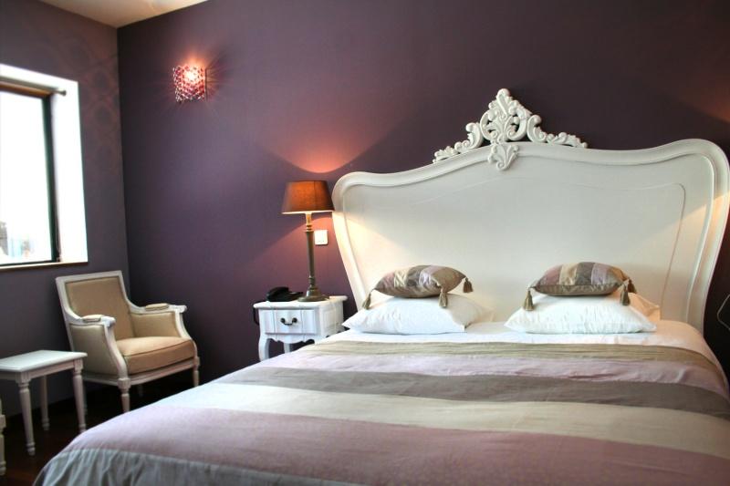 et maintenant la chambre des parents. Black Bedroom Furniture Sets. Home Design Ideas
