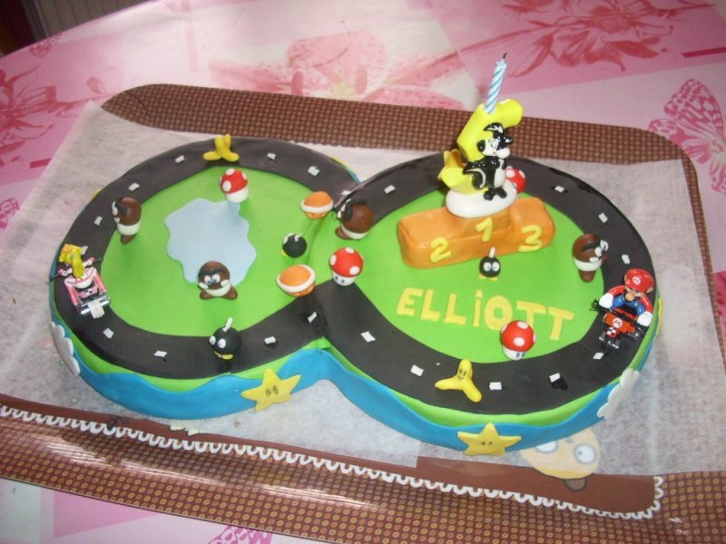 deco gateau mario kart. Black Bedroom Furniture Sets. Home Design Ideas